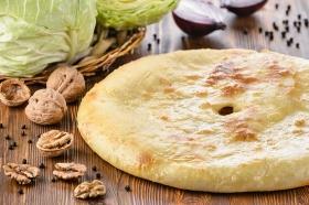 Пирог с капустой и орехами